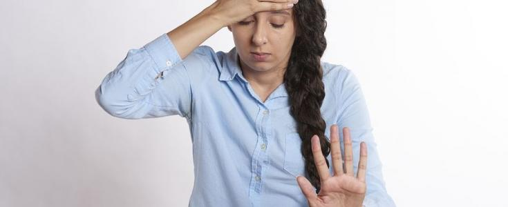 what causes anxiety nausea